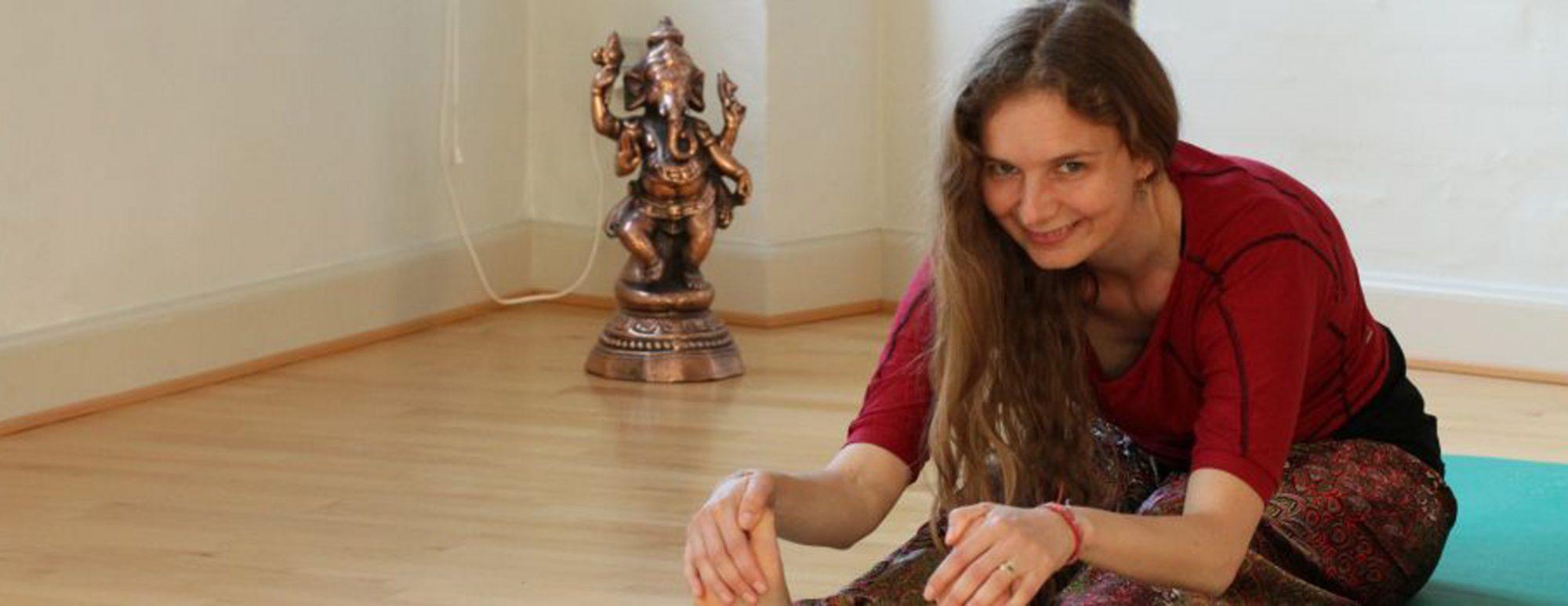 Helene Lysekilde er yogalærere, hypnoterapeut og NLP coach.